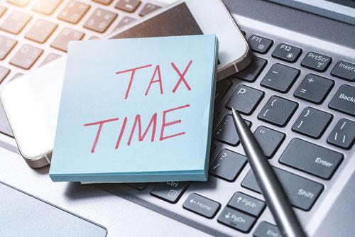 تکالیف مالیاتی از نظر مقاطع زمانی