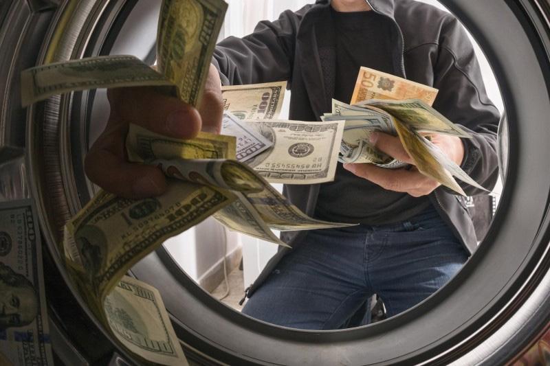 مشاوره در خصوص جرائم مالیاتی پولشویی